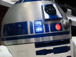 Don't cry, R2!